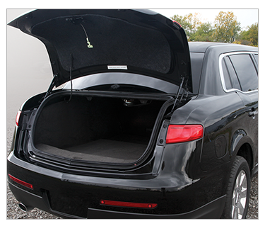 2017 Superior Lincoln 44in MKT Traditional Trunk Limousine full