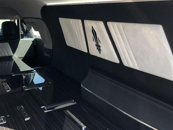 2017 Cadillac Superior Statesman Hearse full