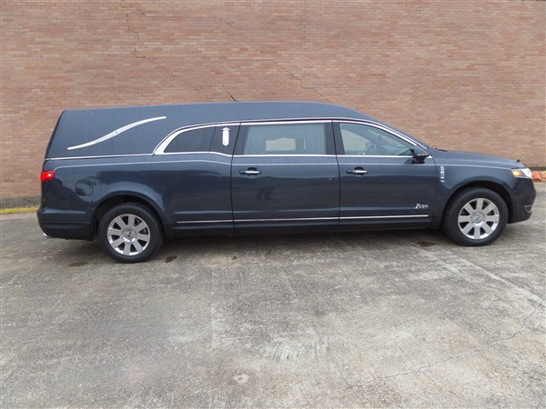 2013 Lincoln Eagle MKT Icon Hearse full