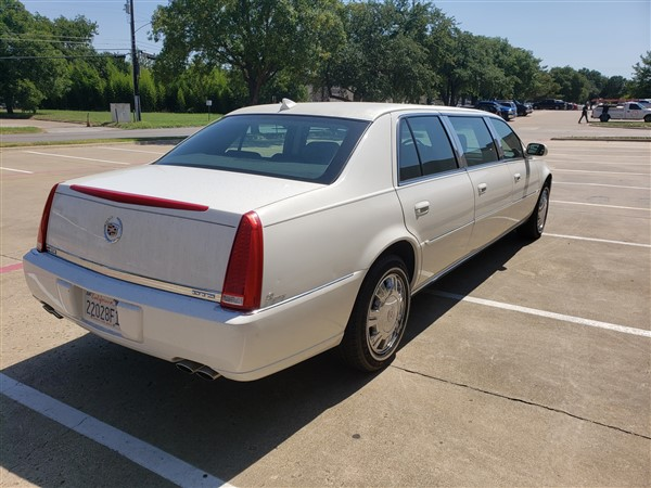 2011 Cadillac Eagle Regency 6-Door Limousine full